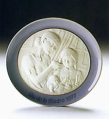 Mother's Day Plate 1.977 Lladro Figurine