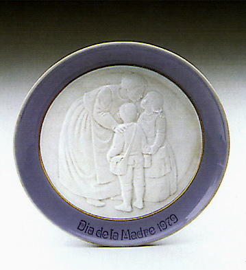 Mother's Day Plate 1979 Lladro Figurine