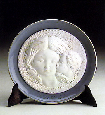 Mother's Plate 1971 Lladro Figurine