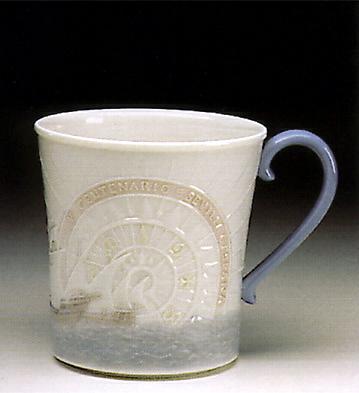 Mug V Centenary (l.e.) Lladro Figurine