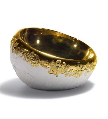 Naturo. -bowl (golden) Lladro Figurine