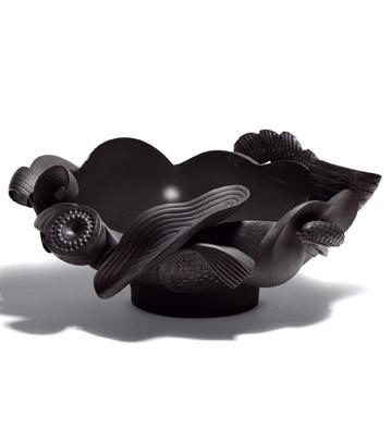 Naturo. -centerpiece (black) Lladro Figurine