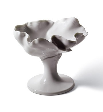 Naturo. -cocktail Goblet (white) Lladro Figurine