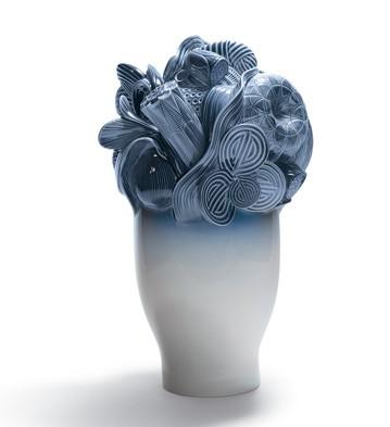Naturo. -large Vase (blue) Lladro Figurine