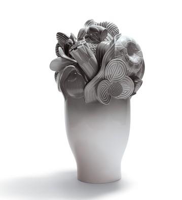 Naturo. -large Vase (grey) Lladro Figurine