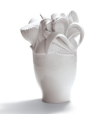 Naturo. -small Vase (white) Lladro Figurine