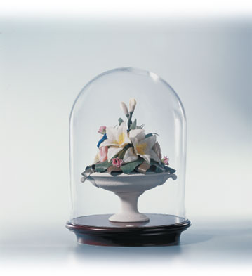 Neoclassic Cup With Lilies Lladro Figurine