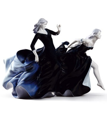 Night Approaches Lladro Figurine