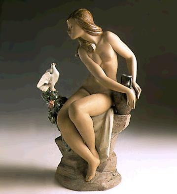 Nude With Dove (l.e.) Lladro Figurine