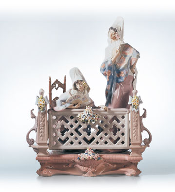 On The Balcony Lladro Figurine