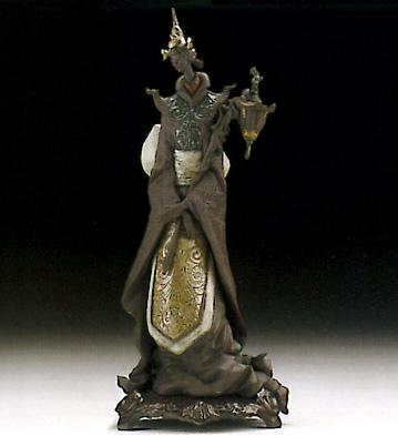 Oriental Fantasy W/bow Lladro Figurine