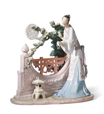 Oriental Moon Lladro Figurine