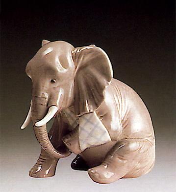 Painful Elephant Lladro Figurine
