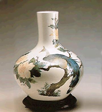 Paradise Vase (l.e.) (b) Lladro Figurine
