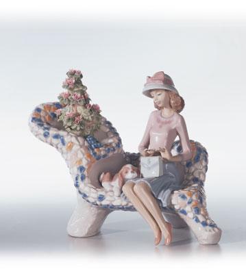 Parque Guell (gaudi Coll.) Lladro Figurine