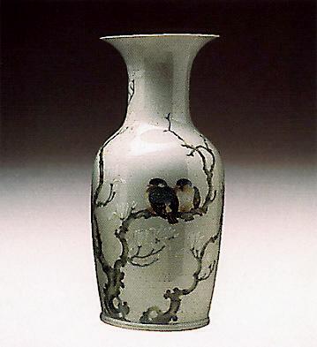 Pekin Vase (almond-tree-f Lladro Figurine