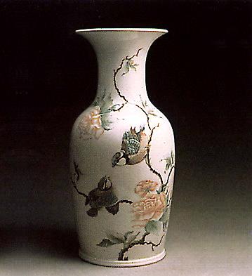 Pekin Vase (birds And Flo Lladro Figurine
