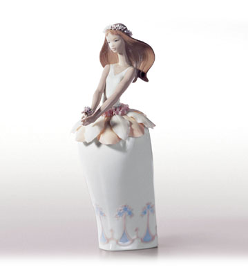 Petals Of Fantasy Lladro Figurine