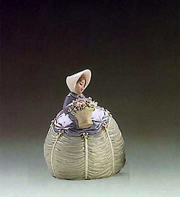 Petite Maiden Lladro Figurine