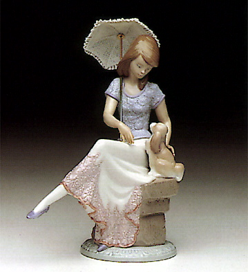 Picture Perfect Lladro Figurine