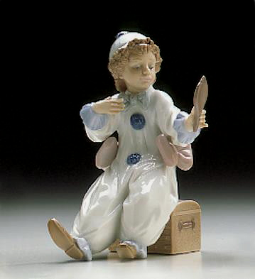 Pierrot In Preparation Lladro Figurine