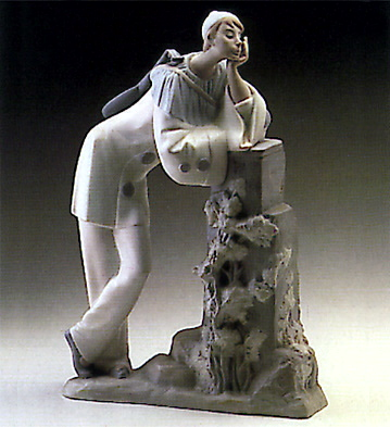 Pierrot With Mandolin Lladro Figurine