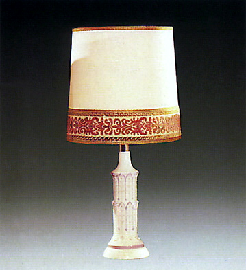Pisa Lamp Lladro Figurine