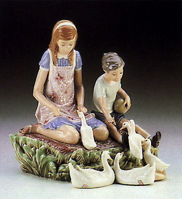 Playing W\ducks At Pond Lladro Figurine