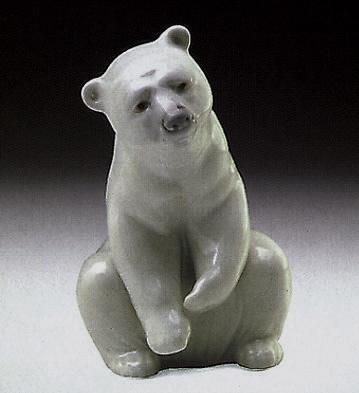 Polar Bear Resting Lladro Figurine