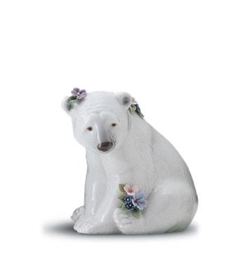 Polar Bear Seated W/flowe Lladro Figurine