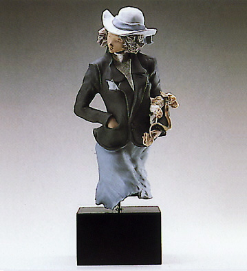 'pose' (b) Lladro Figurine