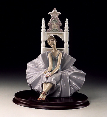 Posing For A Portrait Lladro Figurine