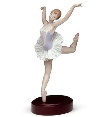 Prima Ballerina(b) Lladro Figurine