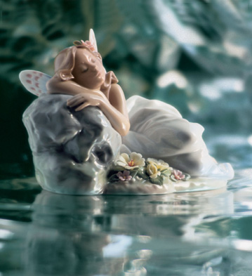 Princess Of The Fairies Lladro Figurine