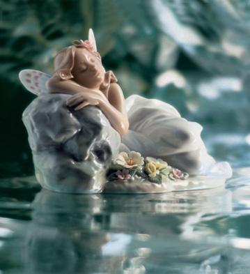 Princess Of The Fairies Lladro Figurine