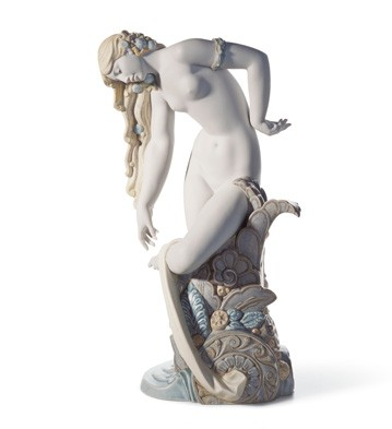 Pure Beauty Lladro Figurine