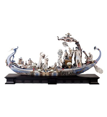 Queen Of The Nile Lladro Figurine