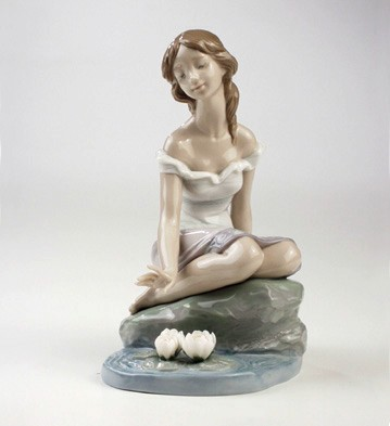 Reflections Of Helena Lladro Figurine