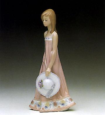 Sara Lladro Figurine