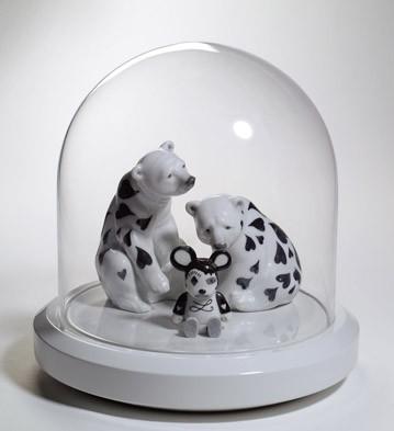 Scene 2: Raining Hearts Lladro Figurine