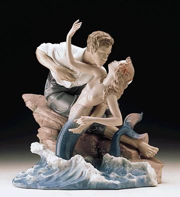 Sea Of Love Lladro Figurine