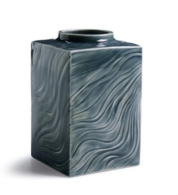 Sea Winds Bud Vase (large) Lladro Figurine
