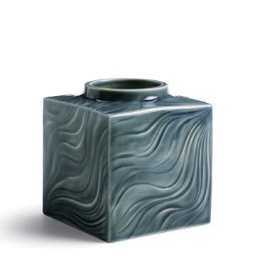 Sea Winds Bud Vase (small) Lladro Figurine