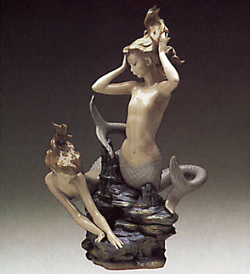 Seamaids Playing Lladro Figurine