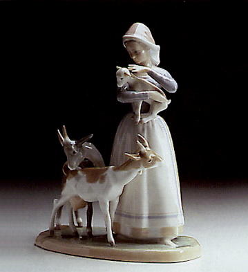 Shepherdess W/goats Lladro Figurine