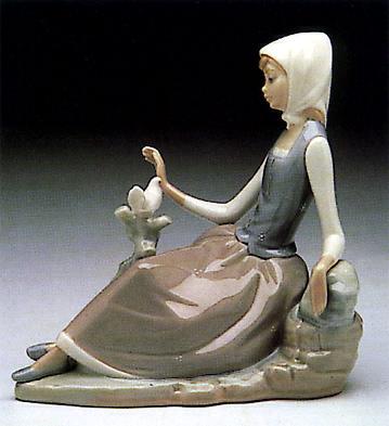 Shepherdess With Dove Lladro Figurine