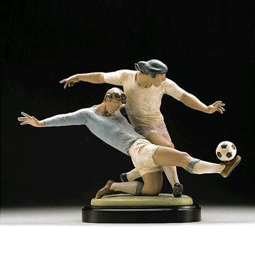 Shot On Goal (b) Lladro Figurine
