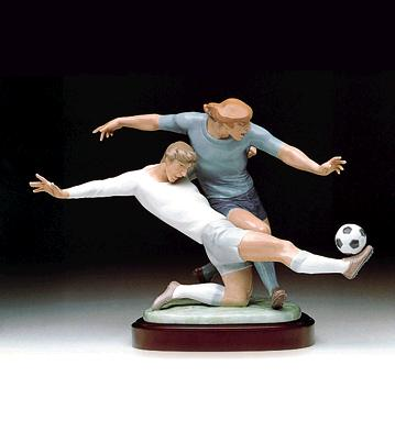 Shot On Goal (b) Lladro Figurine
