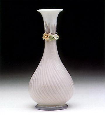 Simphony Vase Lladro Figurine