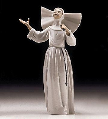 Sister Singing Lladro Figurine